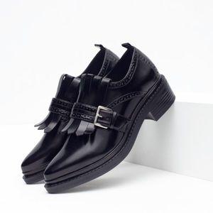 ZARA Patent Leather Fringe Buckle Black Size 9